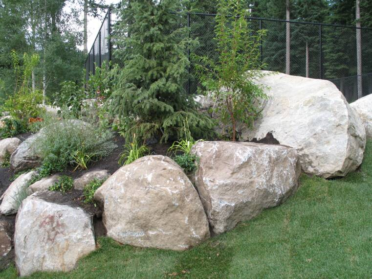 Boulders for Landscaping with rocks and boulders